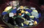 Морские раковины, галька и шарики пемзы с ароматом роз