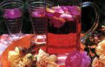 Пунш из лепестков роз